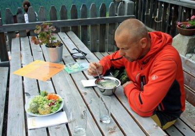 Olaf ist einer der wichtigsten Menschen bei den Tribus in der Pension Dolomitenblick